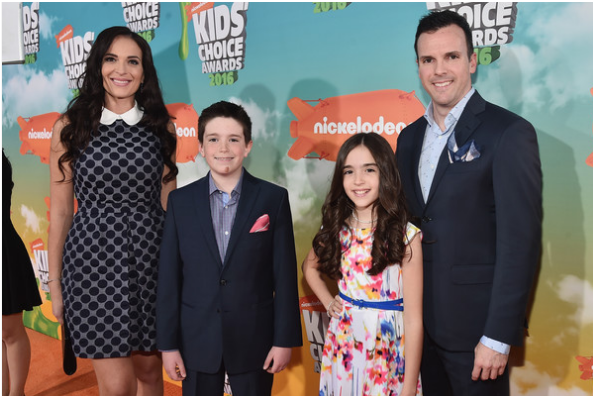Eh Bee Family Phone Number, Email ID, Address, Fanmail, Tiktok and More