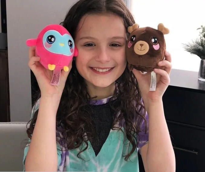 Hayley LeBlane Phone Number, Email ID, Address, Fanmail, Tiktok and More