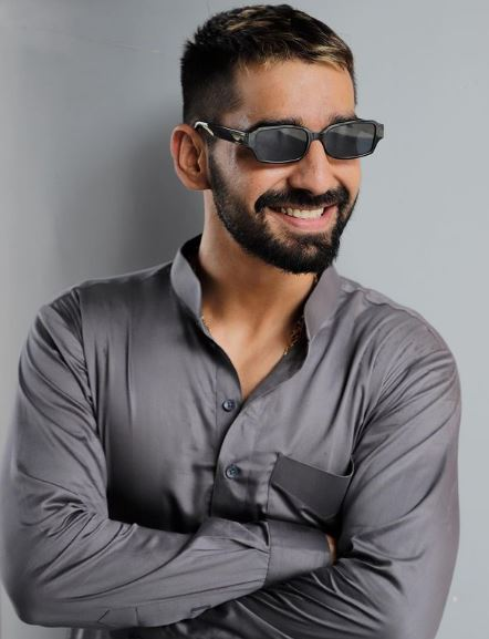 Maninder Buttar Phone Number, Email ID, Address, Fanmail, Tiktok and More