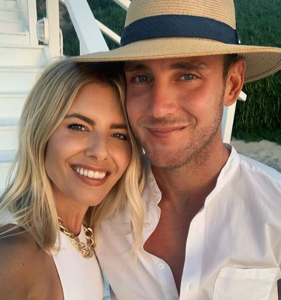 Stuart Broad Phone Number, Email ID, Address, Fanmail, Tiktok and More