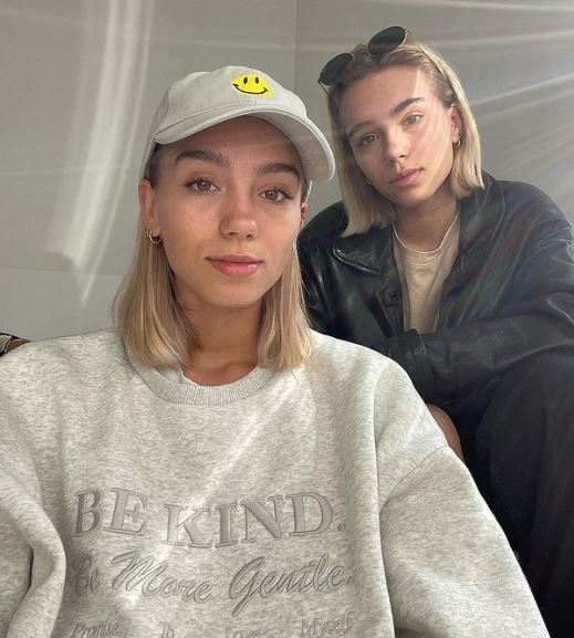 Lisa and Lena Phone Number