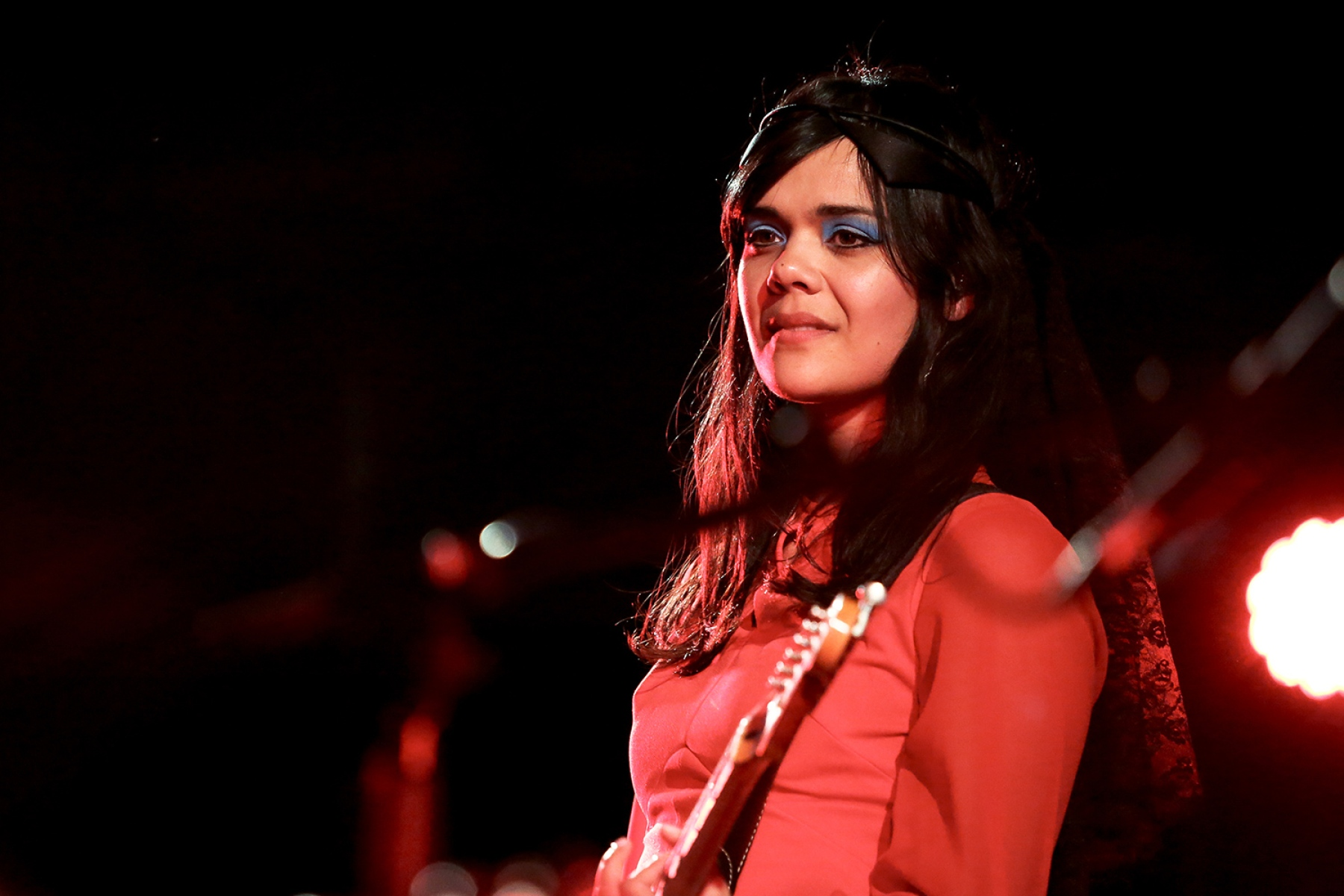 Bat for Lashes Phone Number, Email ID, Address, Fanmail, Tiktok and More
