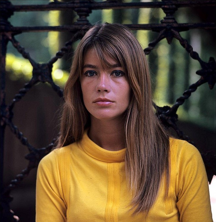 Françoise Hardy Phone Number, Email ID, Address, Fanmail, Tiktok and More