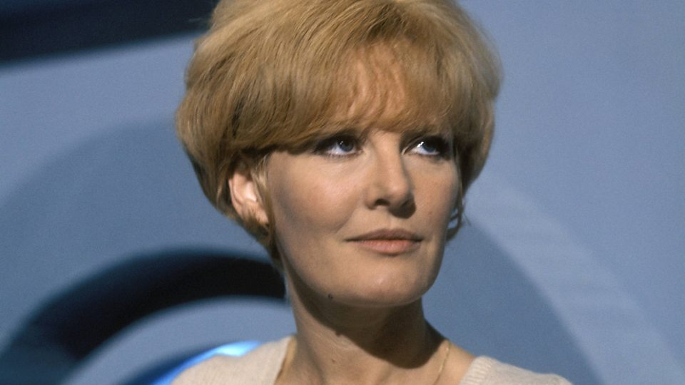Petula Clark Phone Number, Email ID, Address, Fanmail, Tiktok and More