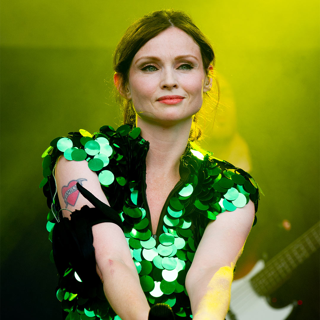 Sophie Ellis-Bextor Phone Number, Email ID, Address, Fanmail, Tiktok and More